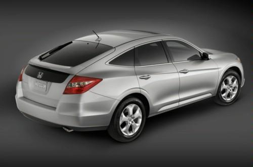 Новый кроссовер. Honda Accord (3 фото. ).