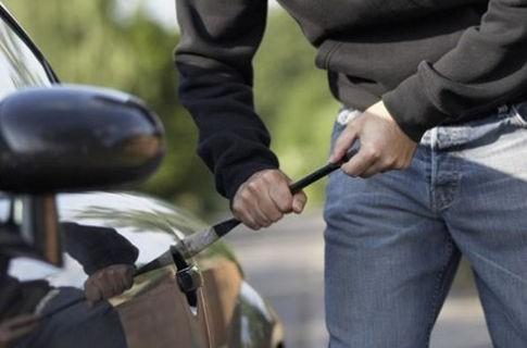 Истории пользователей сайта об автомобильных кражах