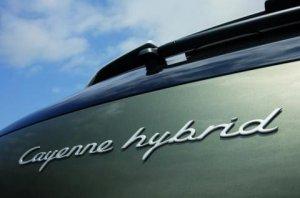Porsche Cayenne будет «подключаемым» гибридом.