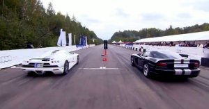 Koenigsegg CCXF vs Dodge Viper Supercharged