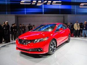 Смотреть Honda представила обновленный Civic видео
