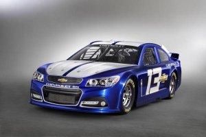GM показала предвестника спортивного Chevrolet SS