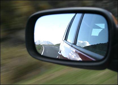 как снять зеркало заднего вида с лобового стекла киа рио