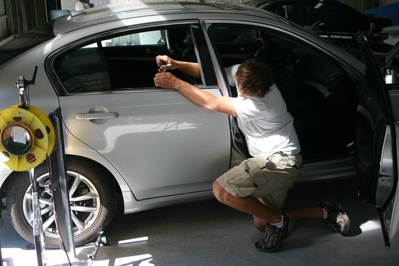 Покраска царапины на автомобиле своими руками
