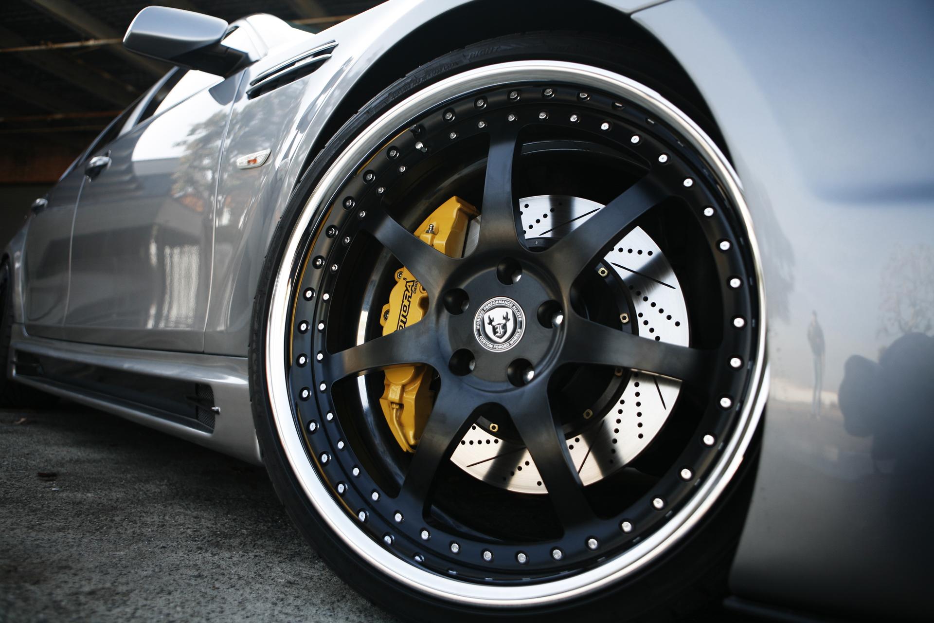 Машины гонки диске